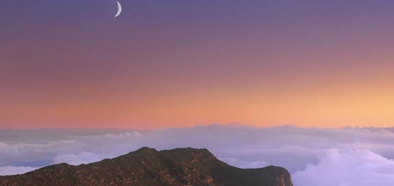 new-moon-over-grand-canyon